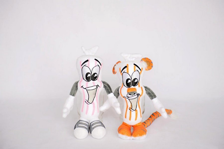 custom plush dewards candy Bakersfield califorina